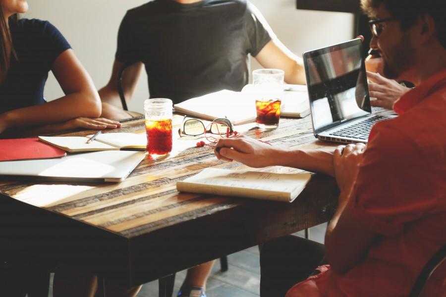 Apuesta por construir una identidad corporativa que aporte resultados a tu empresa