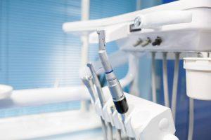 Cómo emprender en el sector de las clínicas dentales
