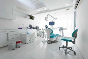 Las clínicas dentales: problemas del pasado y retos de futuro