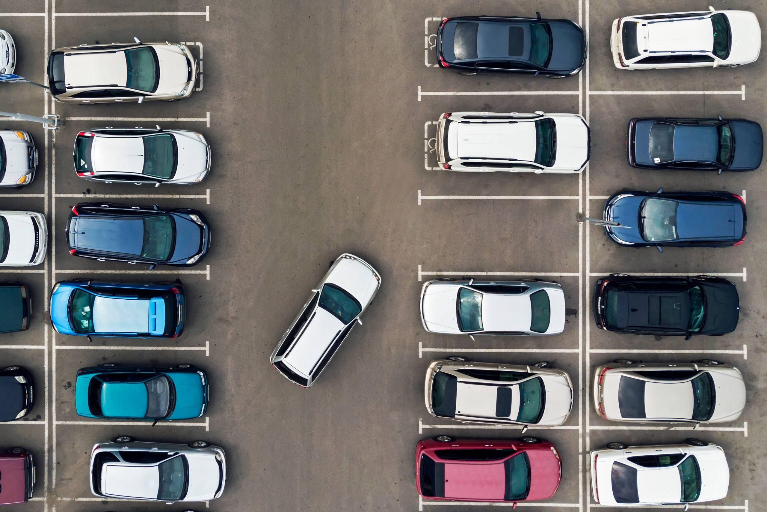 La iniciativa privada, una idea positiva para mejorar el aparcamiento en el centro de las ciudades