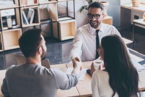 Consultoría estratégica: una manera que también es eficaz para ayudar a los pequeños emprendedores